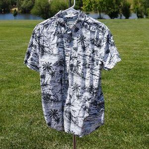Like new Lucky Brand SS shirt size M